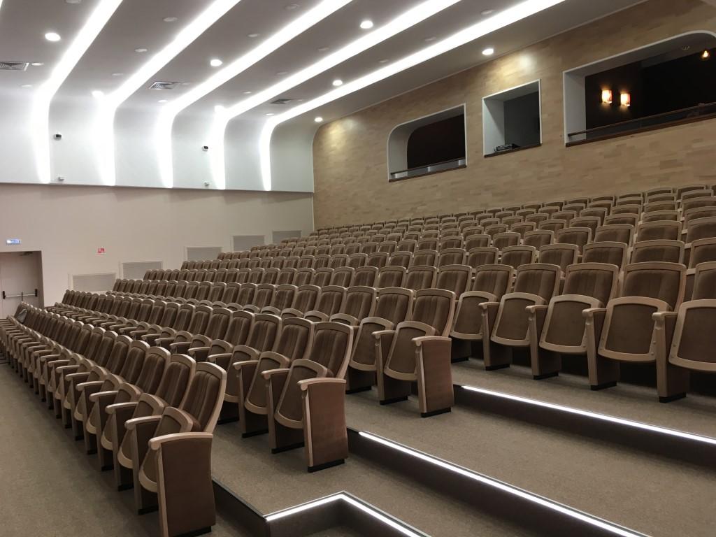 School auditorium reconstruction, Leningrad district